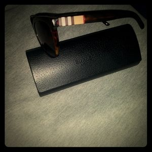 Burberry Accessories - Burberry shades